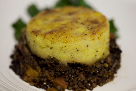 pumpkin, mushroom and lentil pie_feature